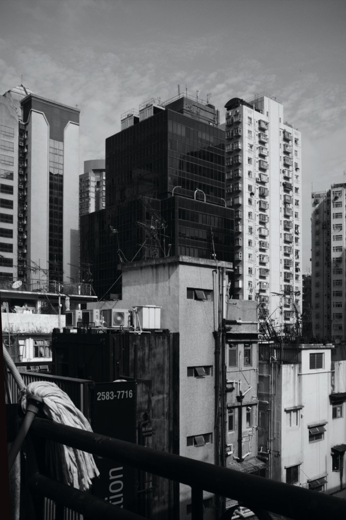 View from 5F, 22-24 Tai Ping Shan St., Sheung Wan01a25bw