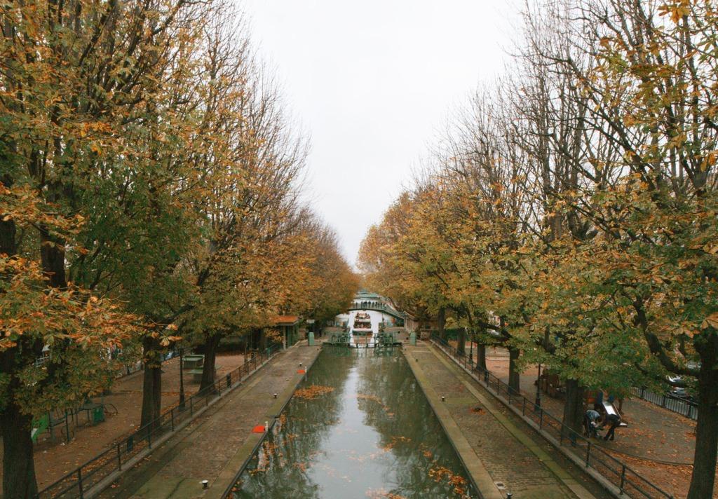Canal St Martin10,13,20tc4