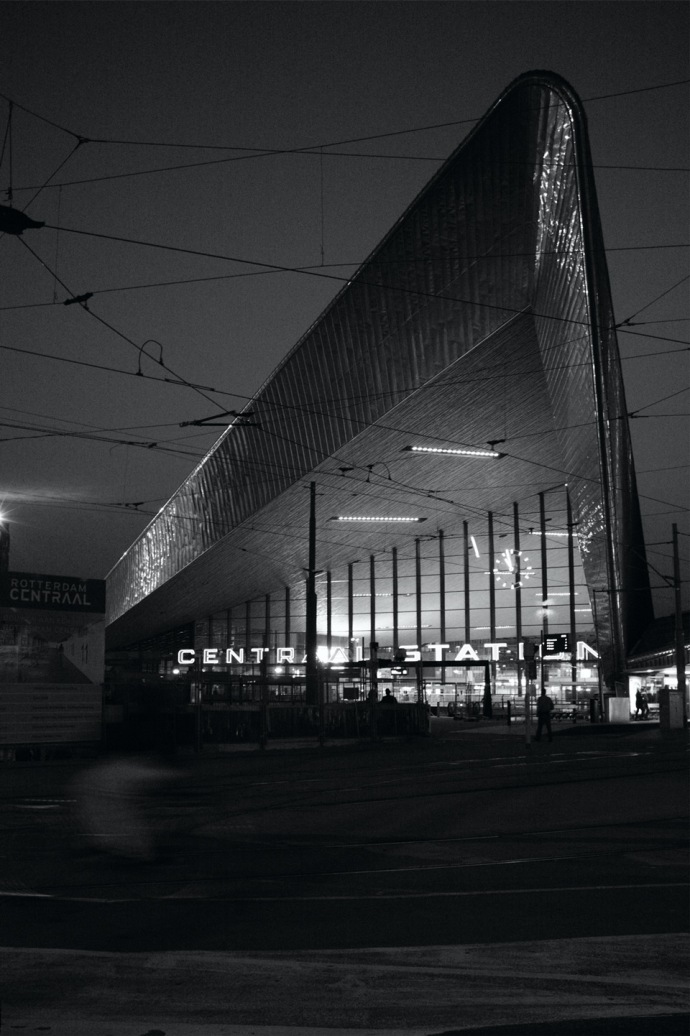 Rotterdam Centraal Station02A25bw