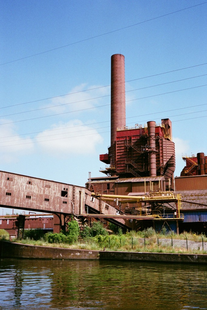 05Factories-by-the-river21---AGFA-125-expired-AB