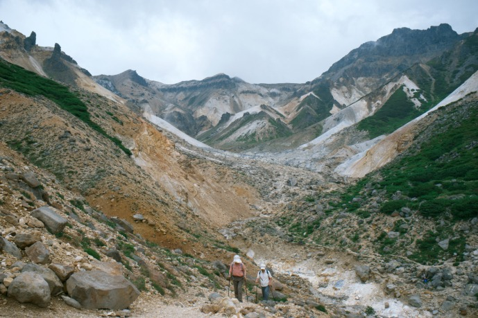 Daisetsuzan-National-Park-大雪山国立公園---Ansei-Crater04tc4