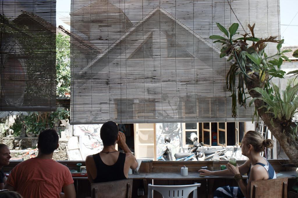 Seniman Coffee Studio @ Jln Sriwedari02k64