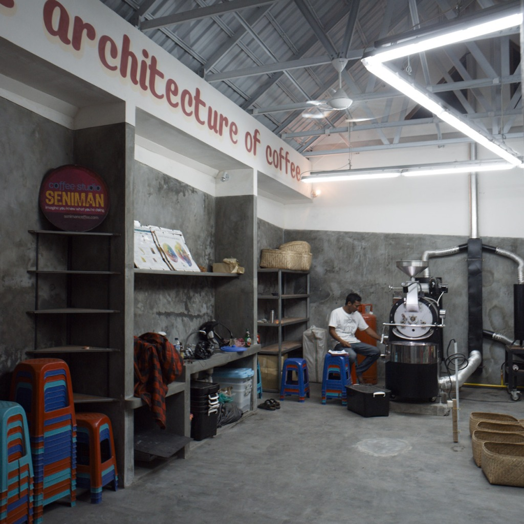 Seniman Coffee Studio @ Jln Sriwedari04-5k64