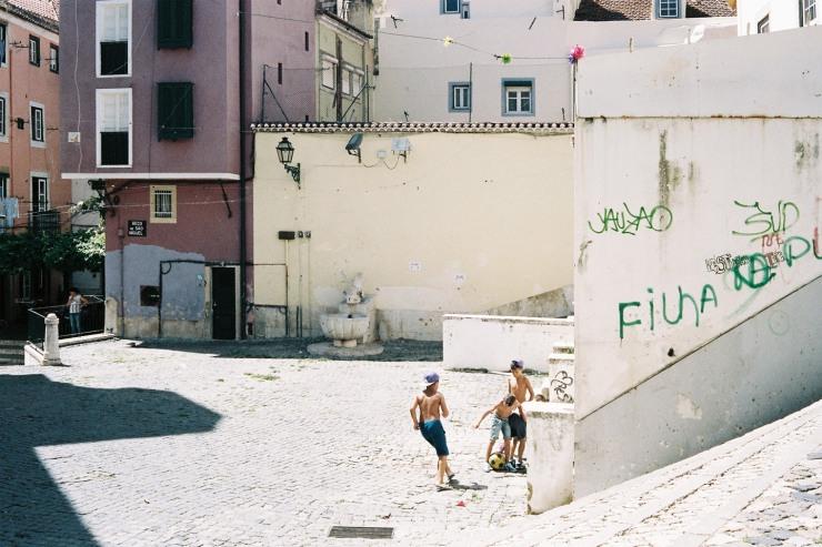 F1000012ts - Lisbon - Portra 400