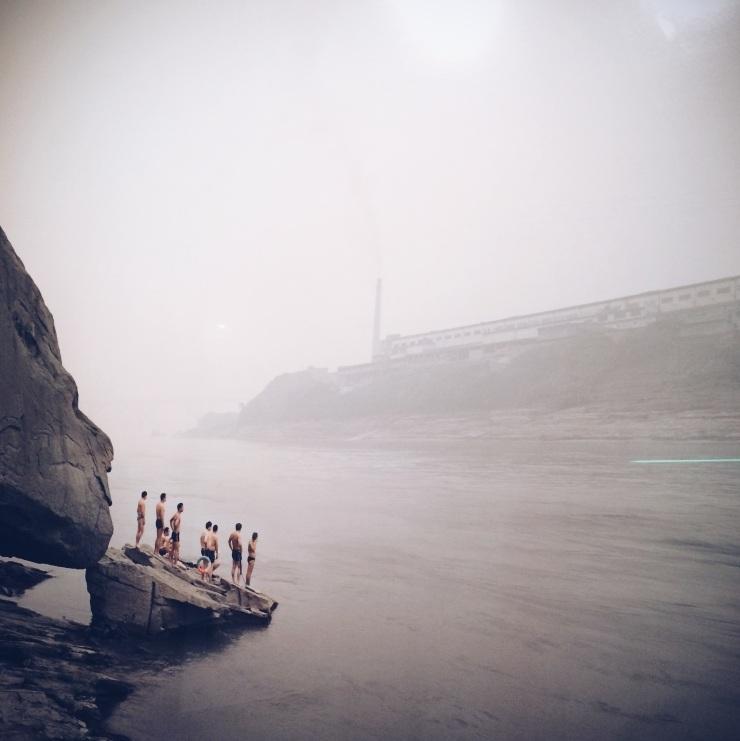 Nadav Kander - Yibin I (Bathers), Sichuan province 2007
