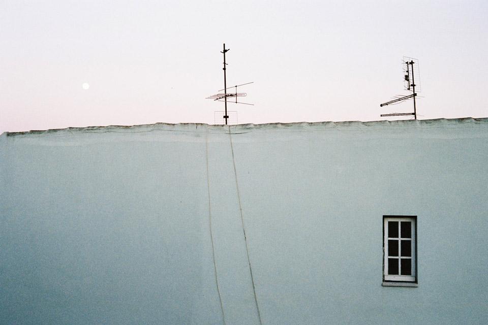 Lisbon Airbnb - F1000002 - Kodak Portra 400r