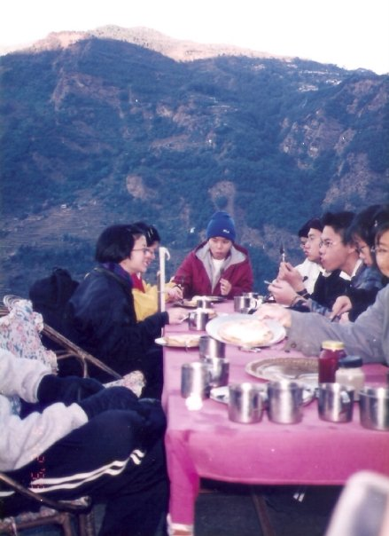 Nepal 1998: Breakfast at a tea house in the mountains