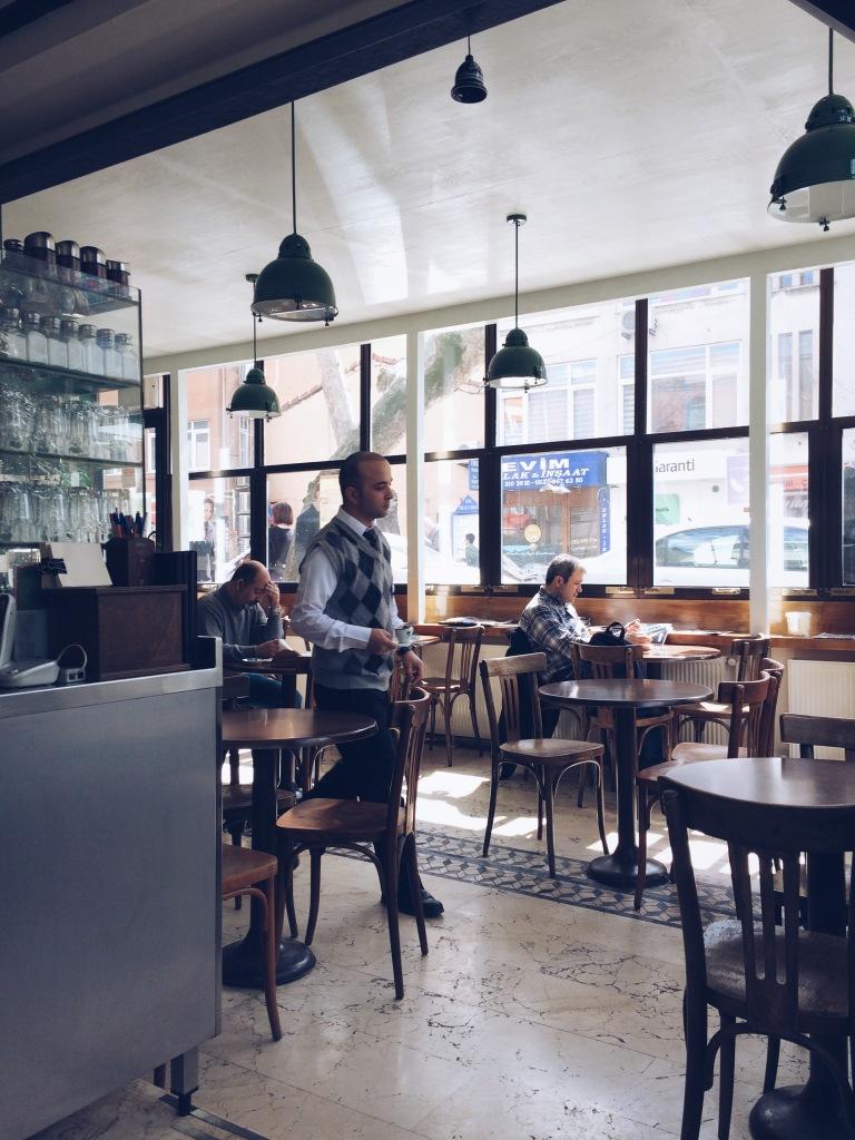 Kuzguncuk - Çınaraltı Cafe