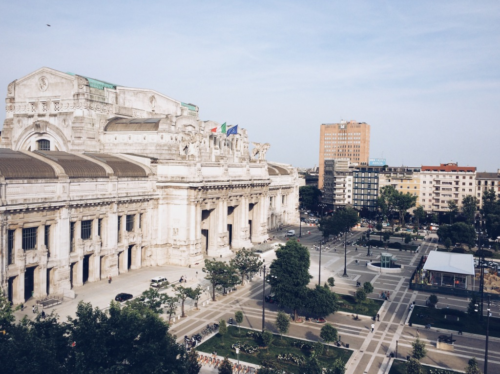 Terraza Gallia: View of Milano Centrale train station